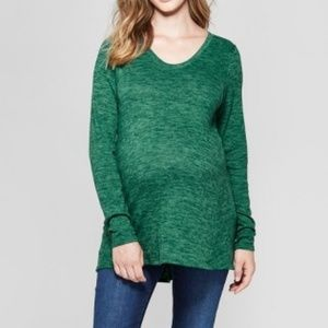 Maternity Relaxed Long Sleeve T-Shirt